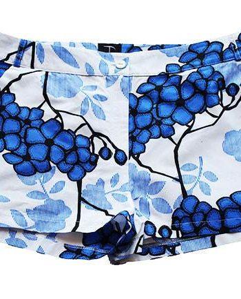 Taye-african-print-shorts-Afrykanskie-szorty-moda-polsce-white-blue-flower-front